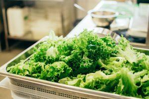 Glæd familien med broccolisalat