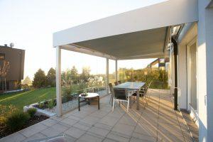 Giv din terrasse og fliser en omgang algebehandling